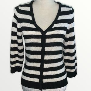 2x$10 NY collection striped sweater / s size